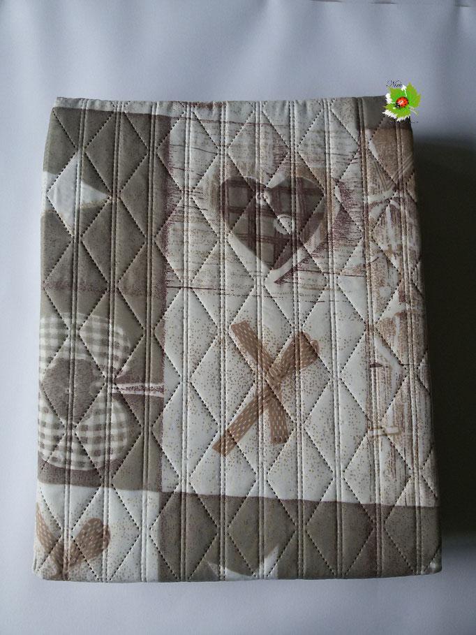 Copriletto trapuntato trapuntino singolo double face 170x260 cm.Col.Beige.Art.A563