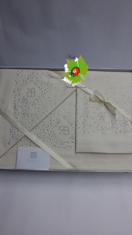 Completo lenzuola di Renato Balestra Mod.Cristel per letto matrimoniale. Col.PannaArt. A749