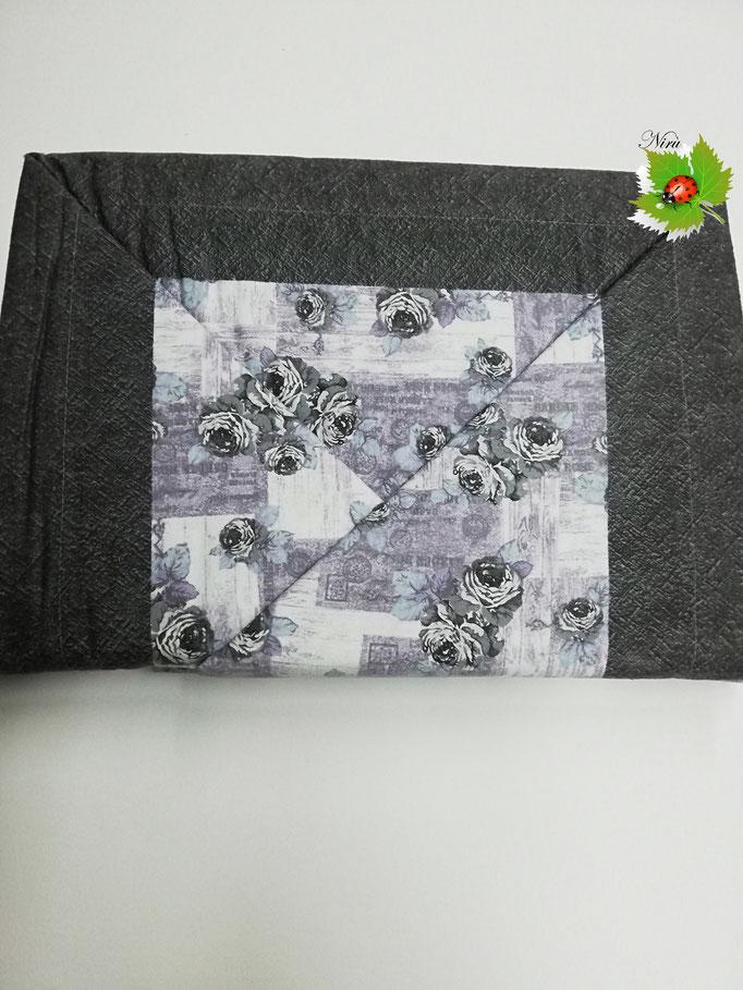 Completo lenzuola di flanella con rose matrimoniale.Art. Cortina. Col.Grigio. B396
