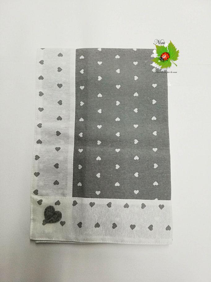 Centrotavola con cuori in cotone 90x90 cm. Col.Grigio. B452