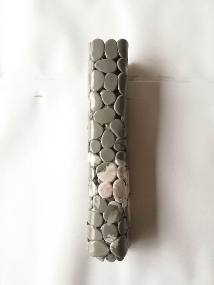 Tappeto doccia/vasca antiscivolo di forma rettangolare con sassolini 40x70 cm. Col.Grigio. B783