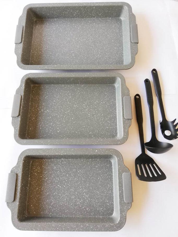 Teglia rettangolare da forno antiaderente con 3 misure, piccole, medie, grande + 3 mestoli. Col.Grigio. B549