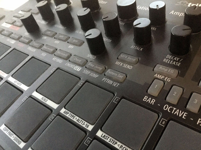 Xtribe Black, Instrument Overlay by mxpand - for Korg Electribe 2 Sampler (E2S), synthesizer, groovebox, sequencer, high-quality operation template/front foil/skin/film, ESX-1