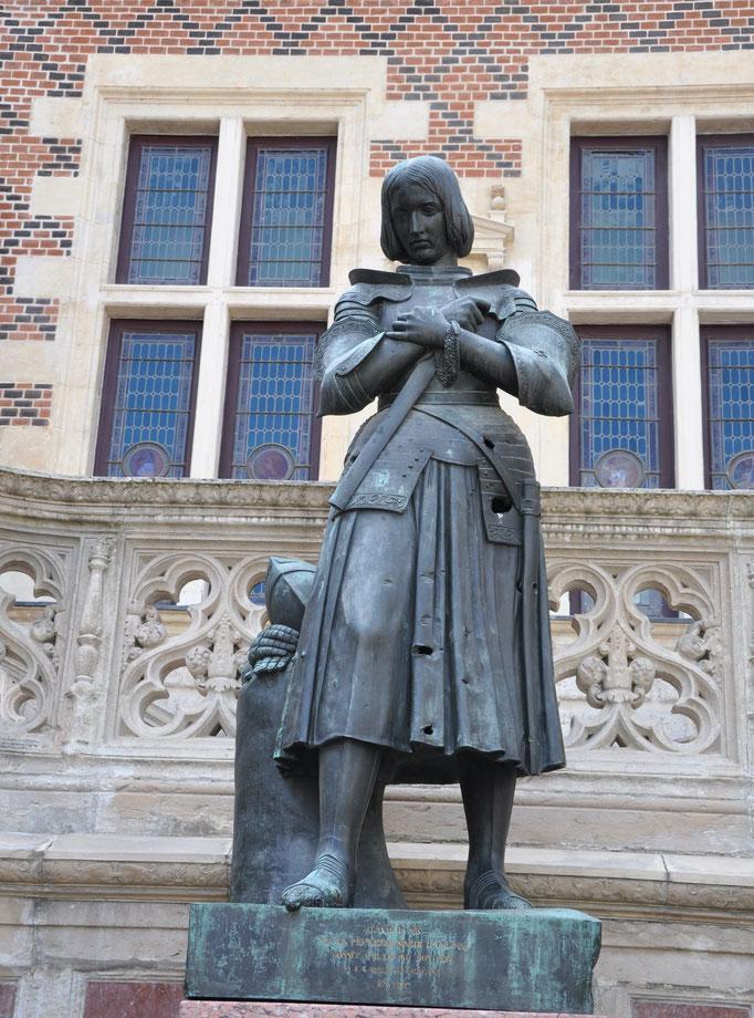 Jeanne d'Arc, héroïne de la guerre de Cent Ans (1412-1431)