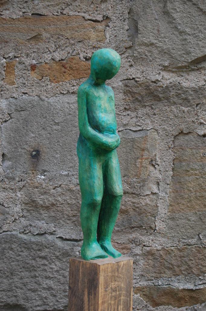 """""""Wartender- Demut"""" 2015, 140cm hoch, Eiche, Acrylfarbe"""