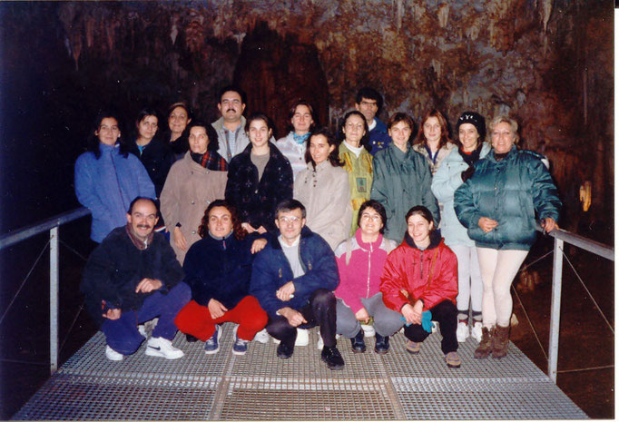 SGA CUEVAS DE CARRANZA-ESTALACTITAS EXCENTRICAS 1997 - ITG