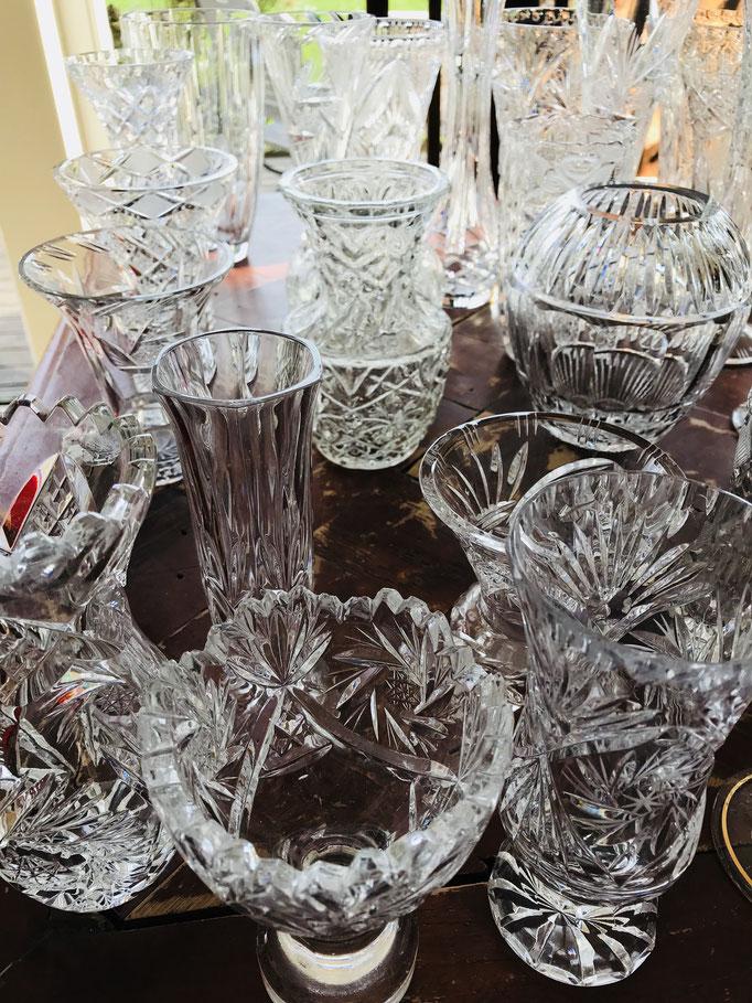 Hochwertige Kristallglasvasen in den unterschiedlichsten Schliffen und Größen