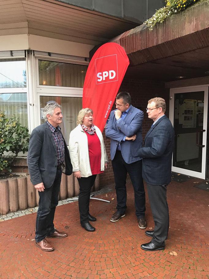 Stefan Studt für Inneres und Bundesangelegenheiten Schleswig-Holstein im Kabinett Albig. Zu Besuch in Trappenkamp