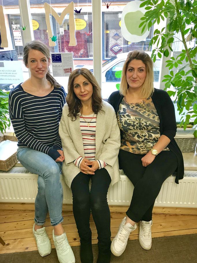Team des Sprachtreffs (Kinderbetreuerin, Dolmetscherin und die Koordinatorin des Sprachtreffs Christina Jungbauer)
