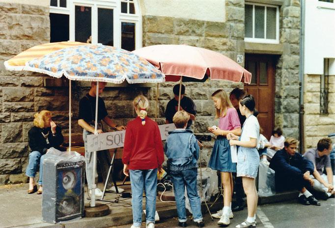 Squadron 5 - Unsere ersten Groupies beim Strassenfest Arndtstrasse, 27.08.1988