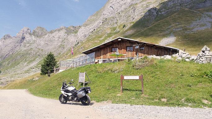 1581 U - F - Col de l'Arpettaz (Route des Montagnes)
