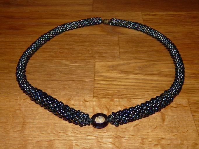 The `TB+OT(elegant black)´ necklace - 3