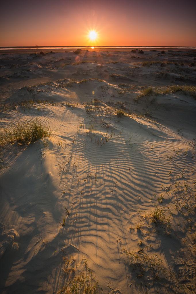 Zonsondergang duinen westkust Schiermonnikoog