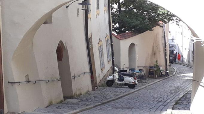 Tour 1  Gasse in Passau