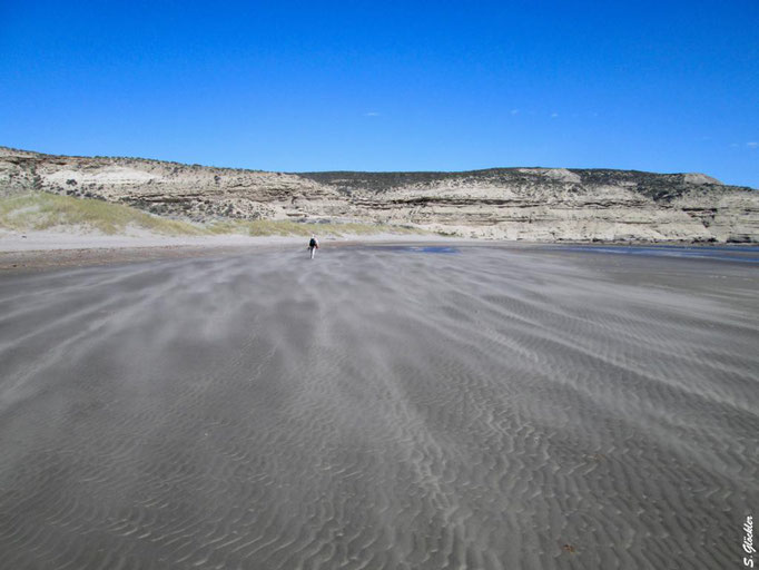 anfangs sind die Sandkörner noch ein angenehmes Naturpeeling