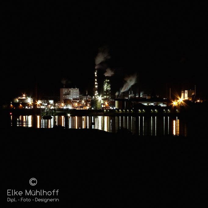 Duisburg Rhein Nacht Spiegelung