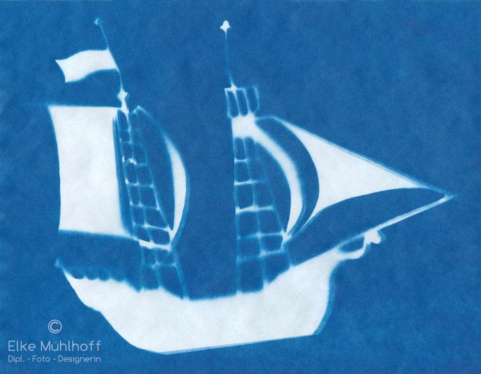 Cyanotypie Schattenspiel Fotogramm Schiff