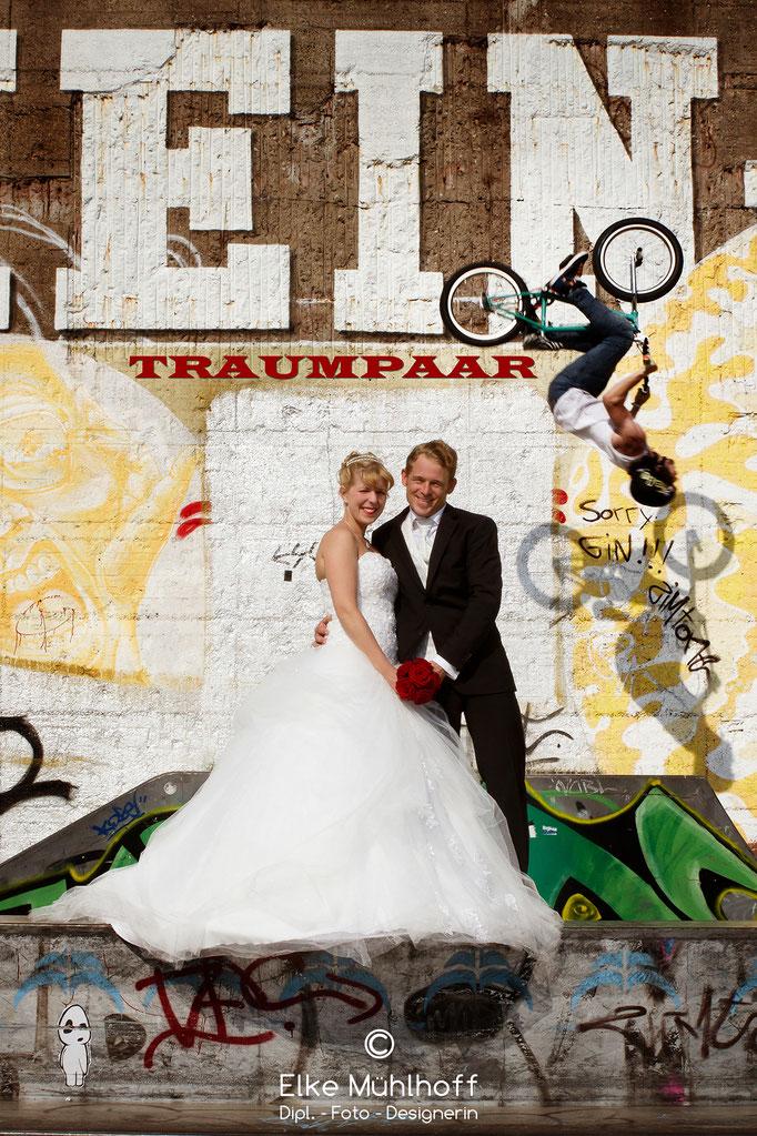 Hochzeit Outdoor Action Spaß mit Biker
