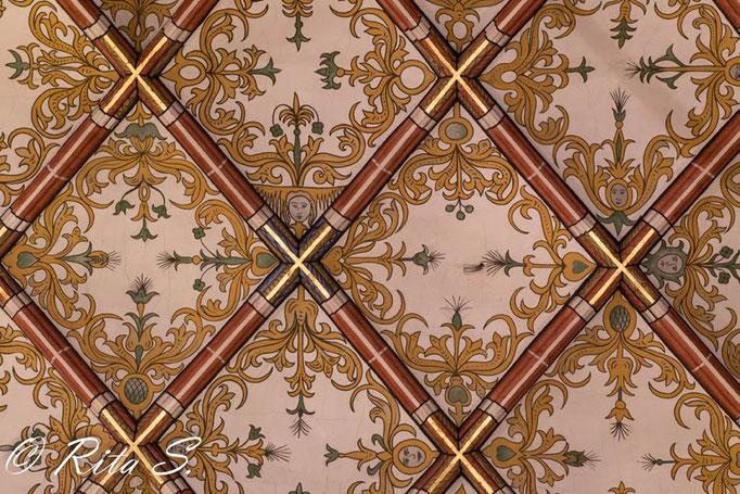...eine Detailansicht des Netzgewölbes von Hermann Schaper