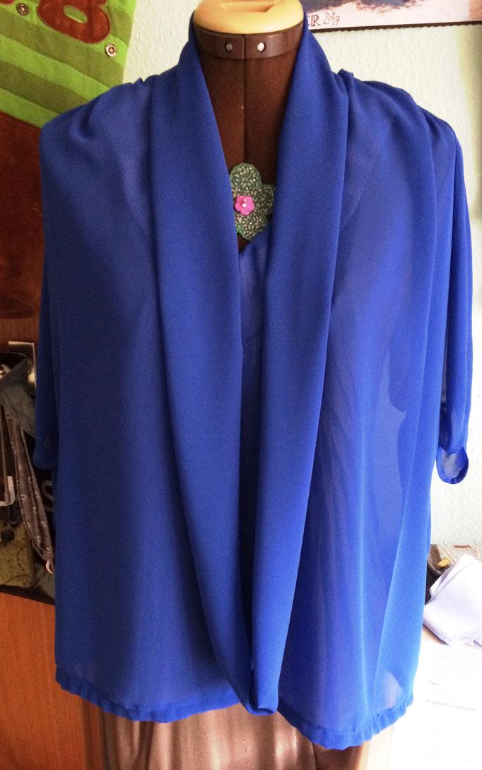 Bluse aus Chiffon Crepe in royalblau, mit Loop