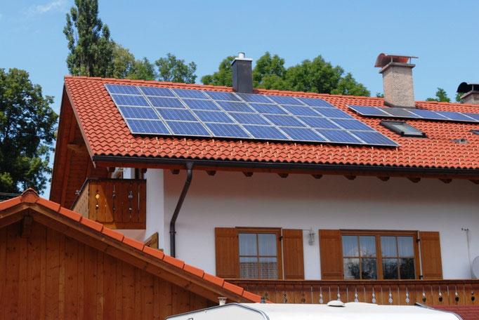 Projektierung, Ausführung und Service von Photovoltaikanlagen