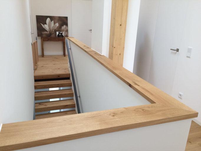 Treppengeländer passend zum Parkett