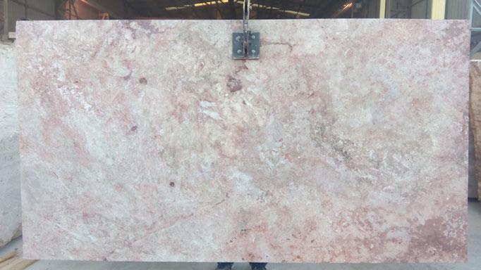 tablero de piedra rosa envejecida