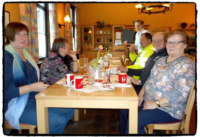 24.02.2016: 1. Treffen dieses Jahres: Gemütlicher Rundgang durch Lilienfeld mit anschließendem Kaffeekränzchen im Gasthof Ebner