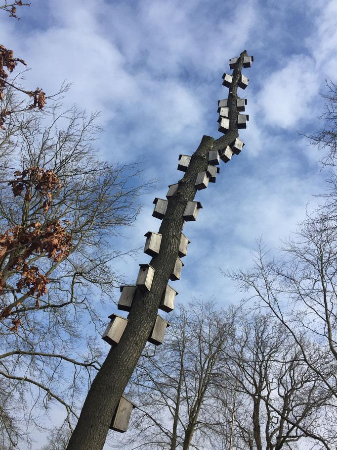 Nistkastenbaum in Herning als Vorbild