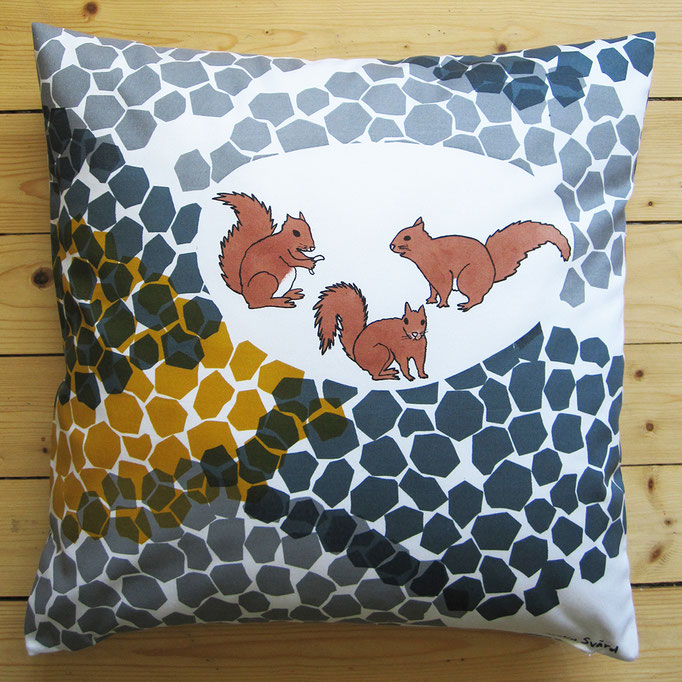 Cushion Urban Squirrels
