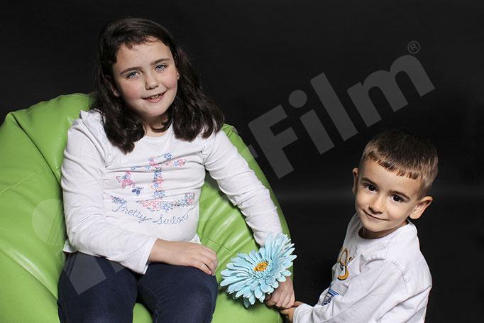 Miguel y Paula con el fotógrafo de Interfilm