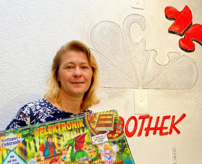 Tanja Willing: Gesellschaftsspiele / Ausleihe