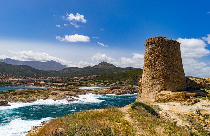 Turmbau mit Landschaft