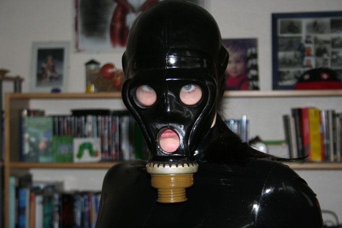 gasmask 1