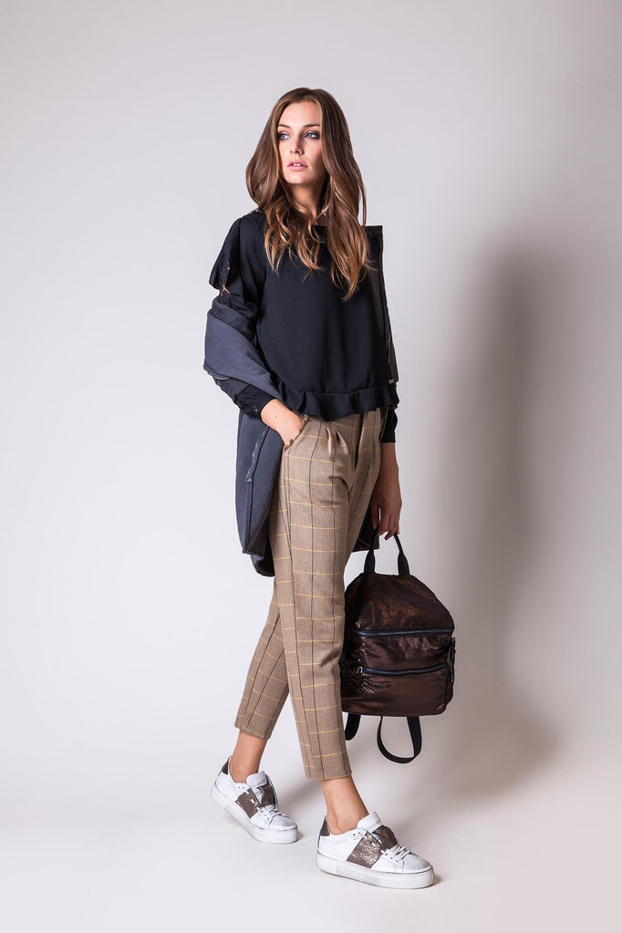 Lookbook Isik by Monica Monimix Antonelli