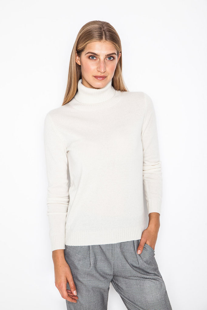 Cashmere Company by Monica Monimix Antonelli