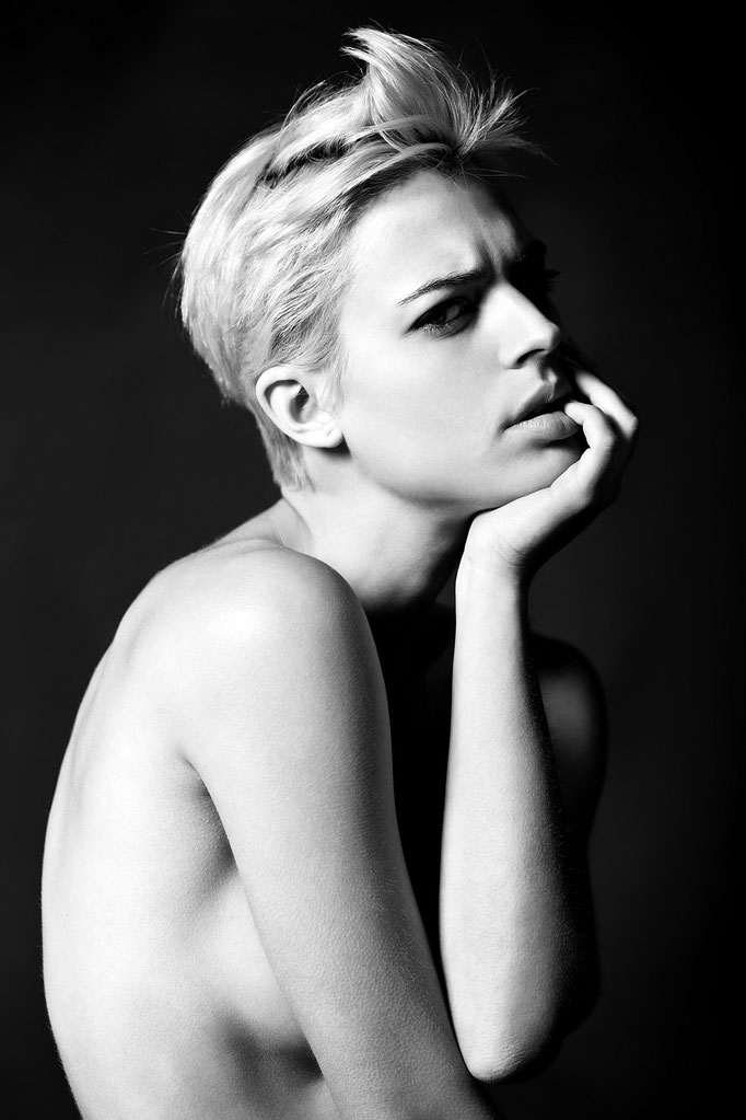 Portrait by Monica Monimix Antonelli