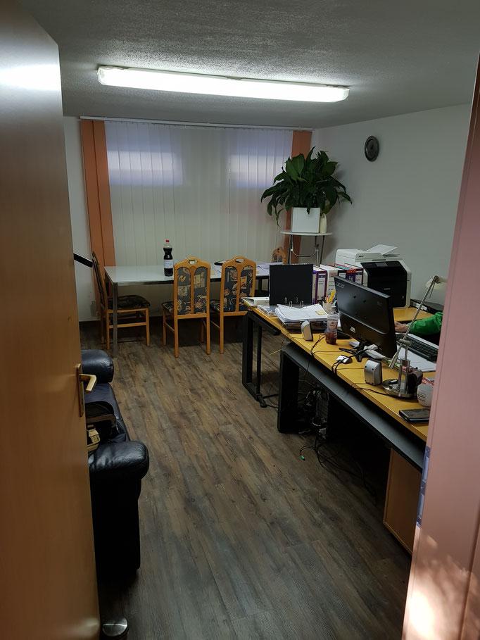 Büro und Besprechungsraum