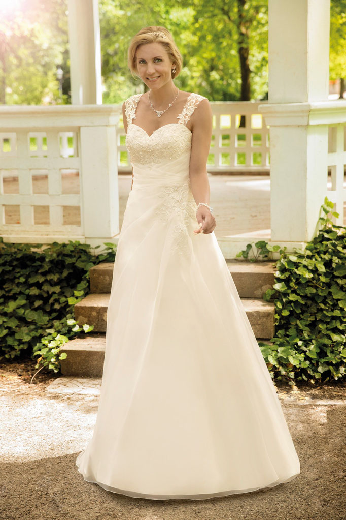 Braut in Garten