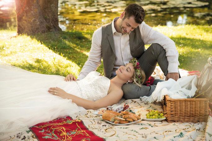 Braut und Bräitugam Picknick