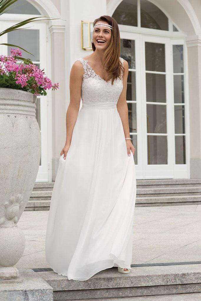 Braut auf Terasse
