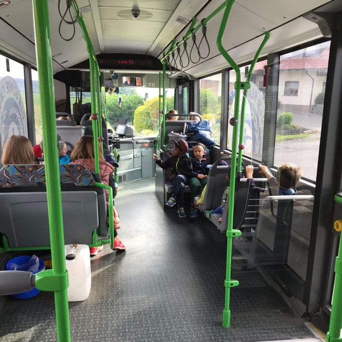 Busfahrt in die Praforst