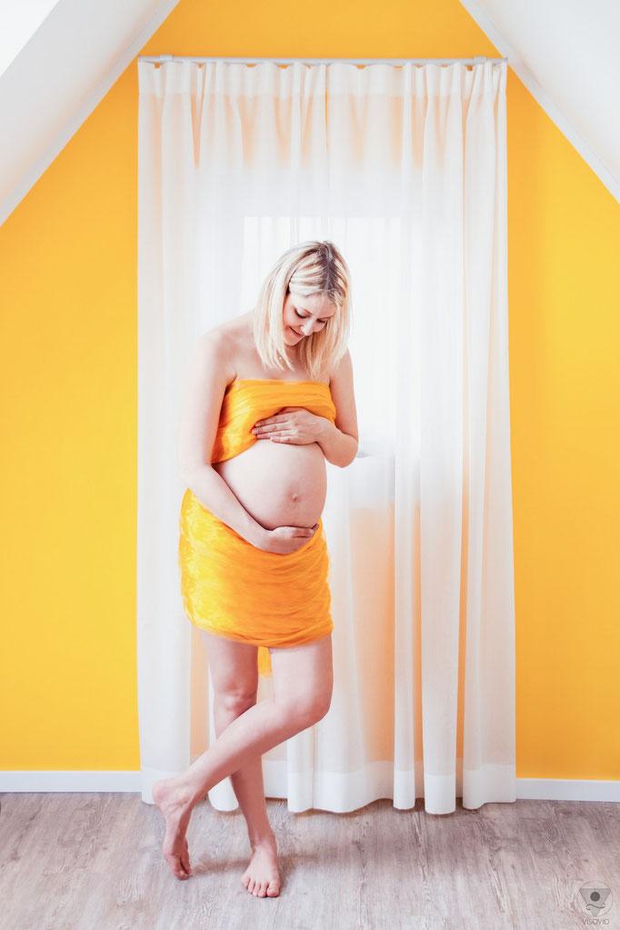 Babybauchshooting Indoor | www.visovio.de |