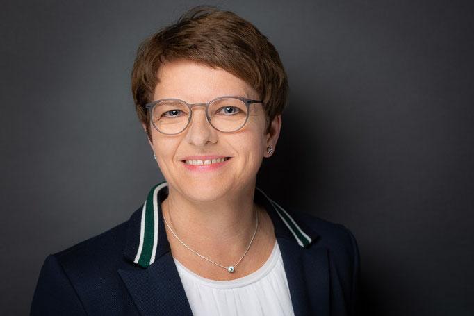Heike Hofschröer   Beratung Uhren & Schmuck & Trauringe