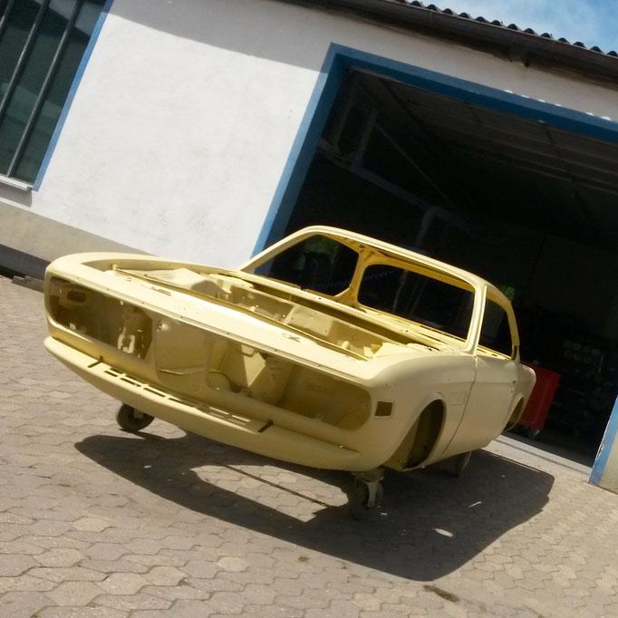 BMW CS Coupé, Restaurierung, Lackierung