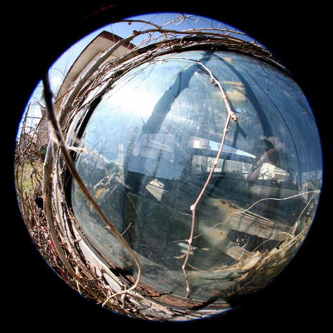 青の日々21/深緑のガラス