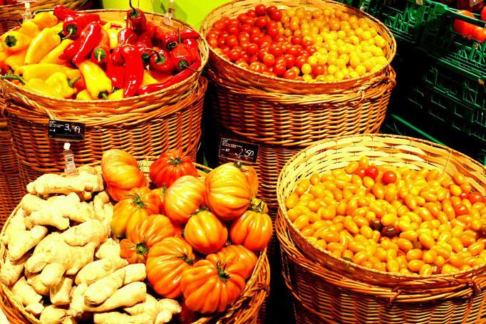 Frisches Gemüse auf dem Markt in Bilbao