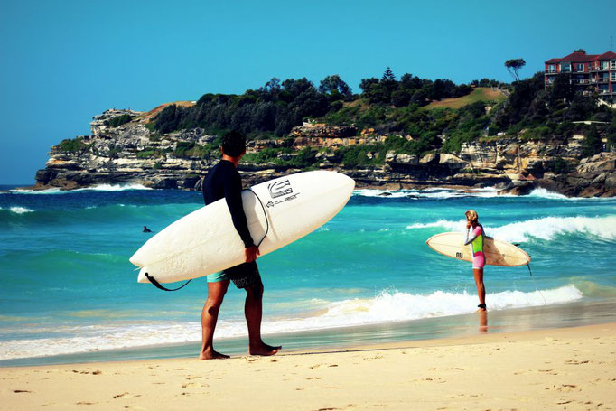 Surfer am Bondi Beach, Sydney