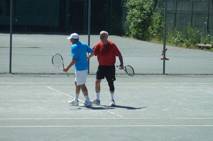 ...K.H.Kiene und Gerardo kämpfen sich zum Sieg