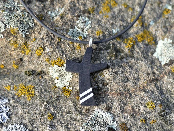 Kreuz aus Ebenholz mit Sterlingsilber  - Vorderseite